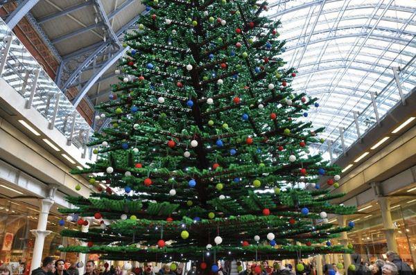 ロンドンのレゴクリスマスツリー2