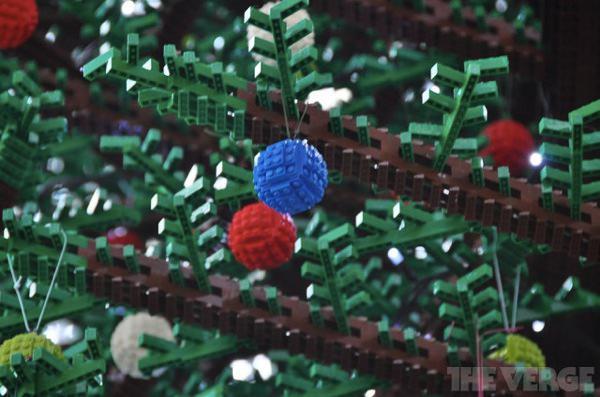 ロンドンのレゴクリスマスツリー1