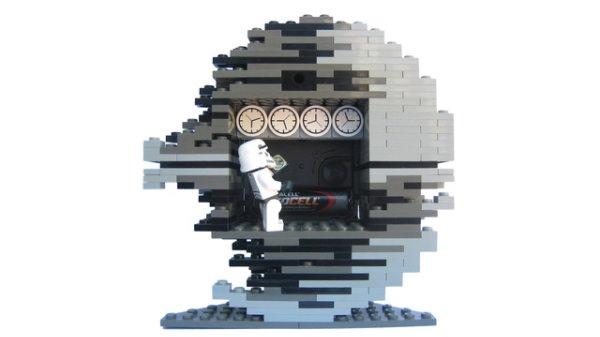 デススター型レゴ時計裏側