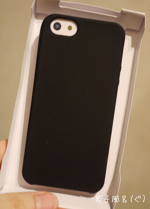 iphone5用ケース バッファローBSIP12PCSBK 裏側