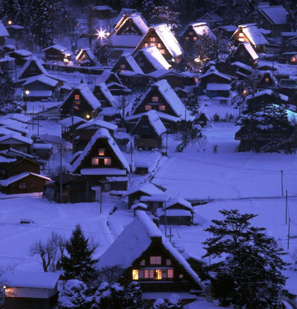 白川郷 本物の冬景色