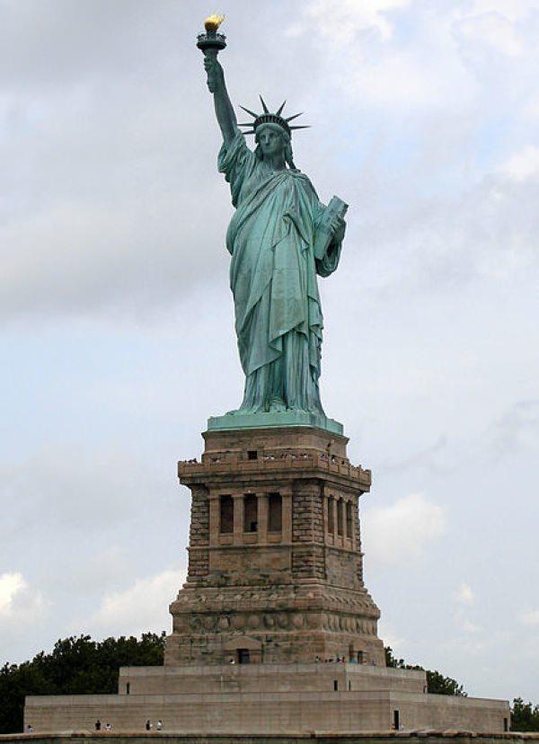 レゴ世界遺産 自由の女神 本物